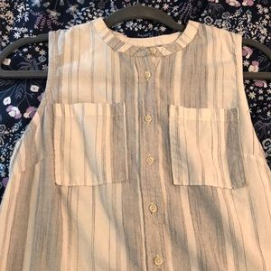 sleeveless striped white shirt long